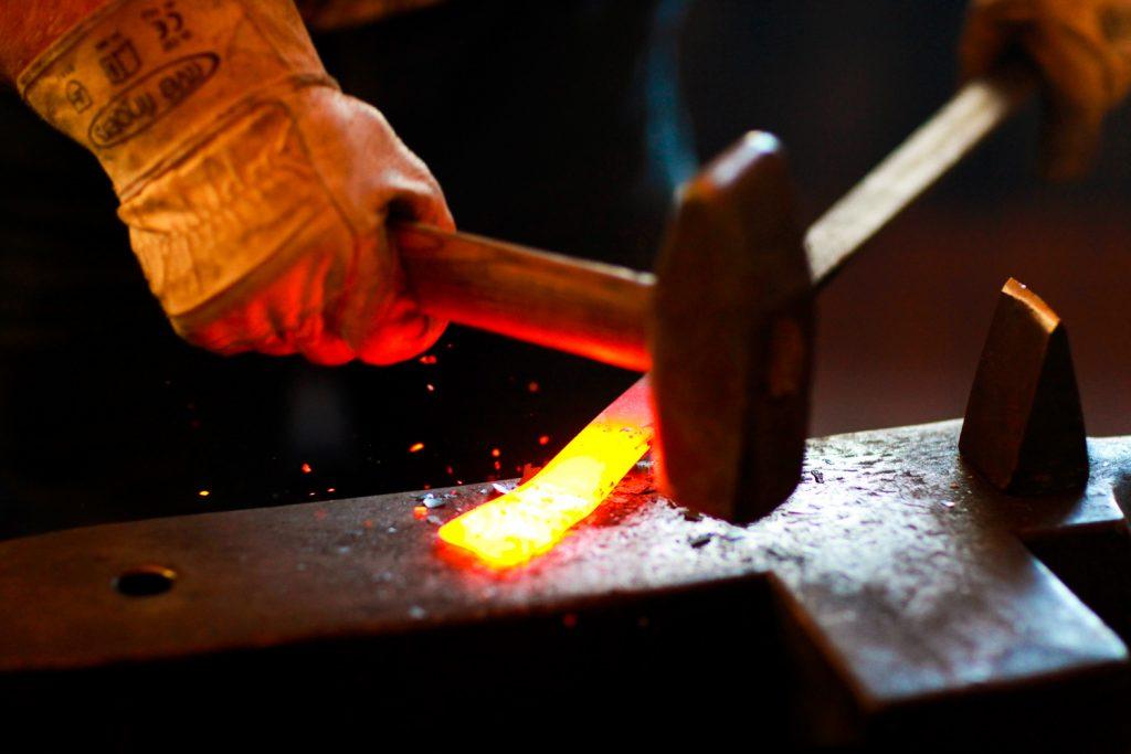 apprentissage-forge-école-steiner