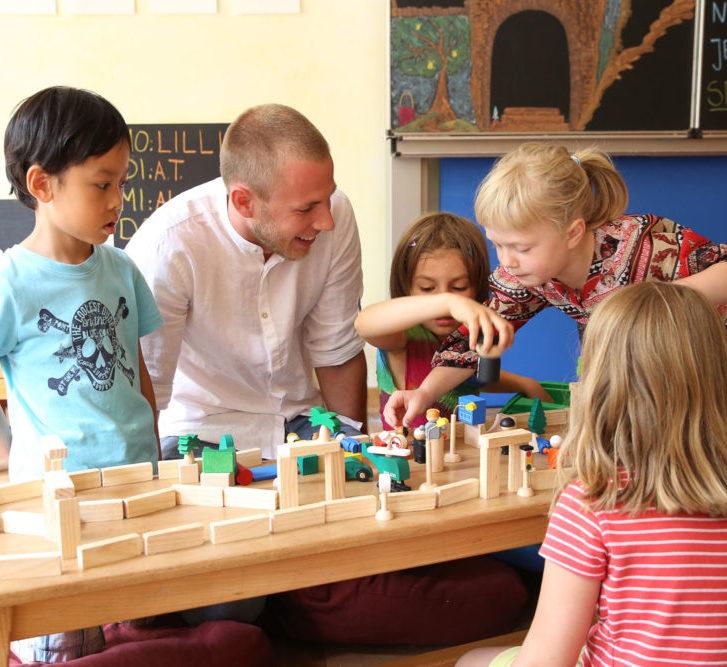 école alternative Steiner Waldorf - enthousiasme et joie d'apprendre