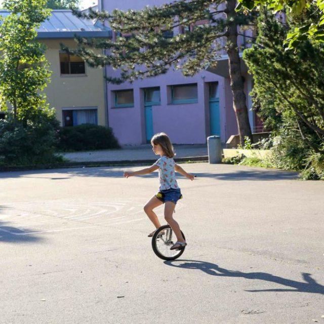 le monocycle à l'école primaire