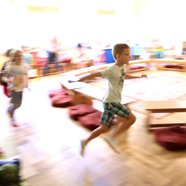 Classe en mouvement à l'école Steiner Waldorf
